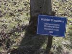 Algirdas Brazauskas Staatspräsident & Ministerpräsident Republik Litauen, Besuch Baum pflanzen, Schilder Besucher Schloss Stetten
